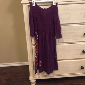 Beautiful Off the shoulder JW Los Angeles Dress